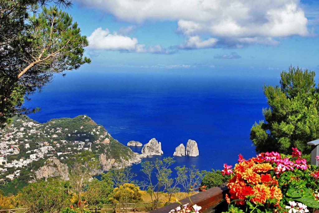 Capri-island-bella-italia